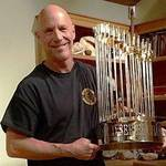 14510427_si-e1468850436524-150x150 World Series Trophy