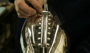 TIE-YOUR-LACES-300x178 Vince Lombardi Trophy, Super Bowl 37, XXXVII Tampa Bay Buccaneers